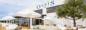 オクマビーチにあるカフェオアシス