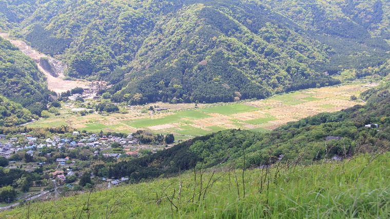 大室山山頂遊歩道から見ることができる景色