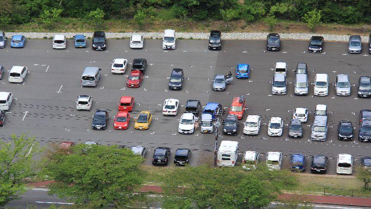 大室山の駐車場は広くて整備もされていてs駐車台数も多い