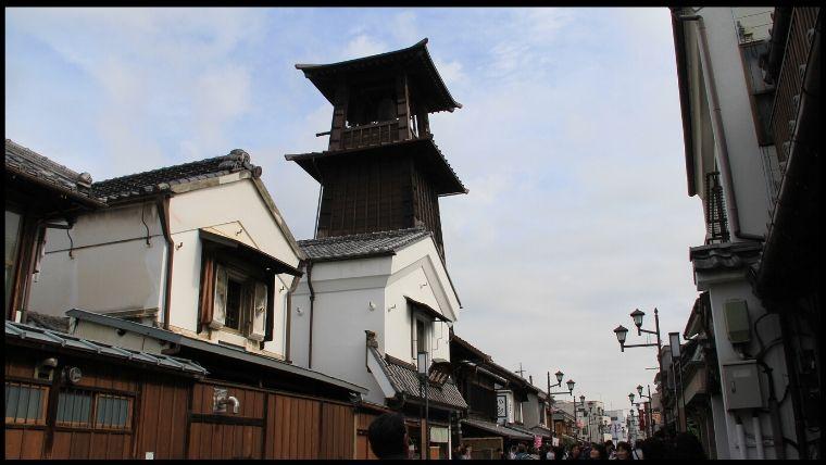 江戸時代からある川越の時の鐘。平成8年7月1日に環境庁(現在は環境省)から残したい日本の音風景百選に認定されている