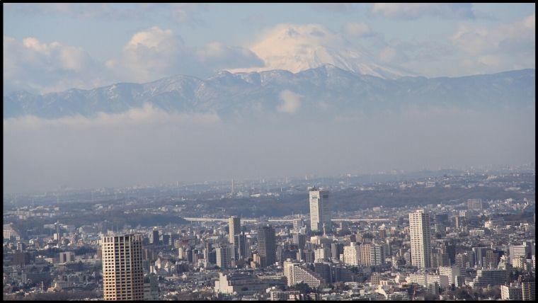 東京タワートップデッキからは、富士山もちゃんと見えます。