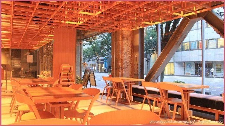 KUMU金沢の1階にあるカフェ「TEA SALON KISSA&CO.」